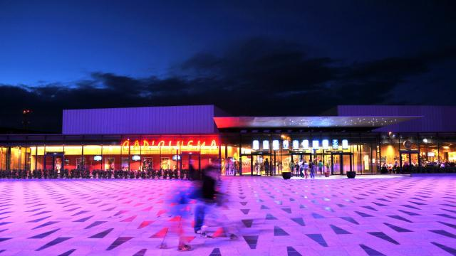 Cinéma de Rodez sur l'esplanade