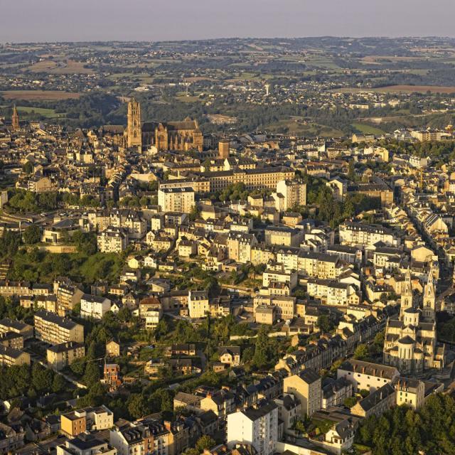 Vue panoramique de Rodez et les alentours