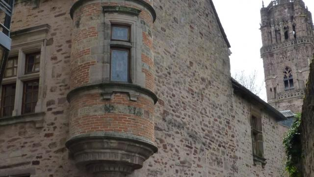 Ancien Hôtel de Lauro en centre-ville de Rodez
